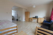 1 bedroom Flat in Balls Pond Road, London...
