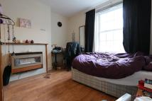 Flat to rent in FRAZIER STREET, London...