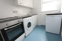 Studio apartment in Havergal Villas, London...