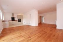 Maisonette to rent in SHERBROOK GARDENS...