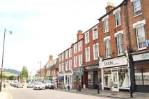 2 bedroom Flat to rent in High Street, Dorking
