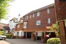 2 bed Flat in St Martins Mews, Dorking