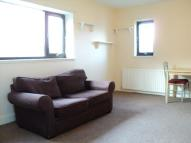 3 bedroom Flat in Alexander Road...