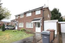 3 bedroom semi detached home to rent in Whitelands Meadow...