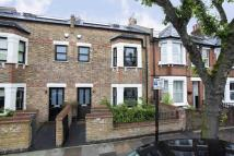 3 bed property in Beaumont Road, Chiswick...