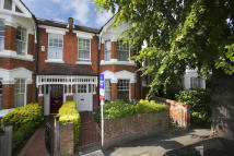 2 bedroom Flat for sale in Hadley Gardens, London