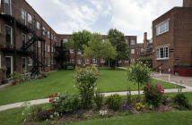 2 bedroom Flat in St Catherine's Court...