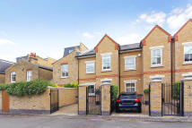 property to rent in Brackley Terrace, London