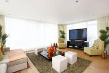 Flat for sale in Boulevard Drive...