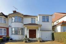 5 bed home in Princes Park Avenue...