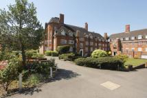 3 bedroom Flat to rent in Hampstead Way...