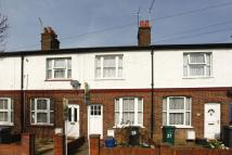 2 bedroom house to rent in Cloister Road...