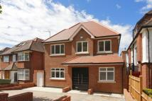 6 bedroom house to rent in Cranbourne Gardens...