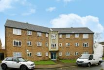 2 bed Flat for sale in Saffron Close...