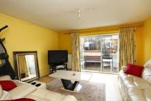 3 bed house to rent in Ridge Road, Child's Hill...