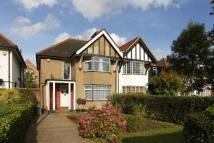 3 bed house to rent in Cricklewood Lane...