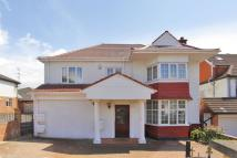 7 bed property in Elliot Road, Hendon, NW4