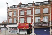 Flat in West Hendon Broadway...