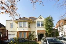 3 bed Flat to rent in Basing Hill...