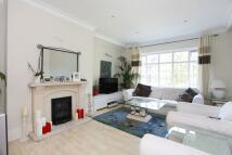 2 bedroom Flat in Finchley Road...