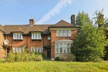 Flat to rent in Lyttelton Road...