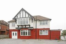 7 bedroom home to rent in Hilltop Gardens, Hendon...