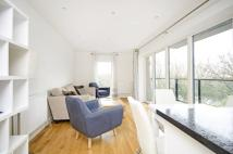 2 bed Flat in Shearwater Drive, Hendon...
