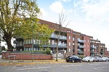 3 bed Flat in Hodford Road...