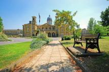 4 bedroom Flat to rent in Princess Park Manor...