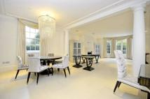 Flat for sale in Totteridge Lane...