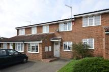 3 bedroom property in Elm Way, Friern Barnet...