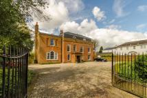 8 bedroom house for sale in Totteridge Village...