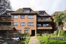 Flat in Hendon Lane, Finchley, N3