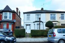 Flat to rent in Station Road...