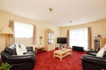 Flat for sale in Coppies Grove...