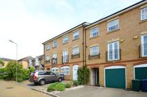 5 bed property in Catterick Close...