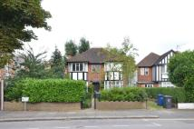 Maisonette to rent in Seymour Road, Finchley...