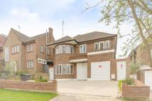 5 bedroom property in Crooked Usage, Finchley...