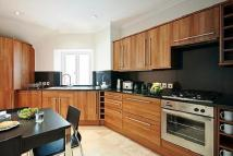 3 bedroom Maisonette to rent in Stratton Street, Mayfair...