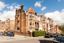 4 bed Flat in Jacksons Lane...