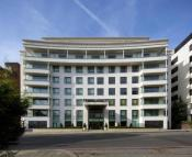 2 bed Flat in Wellington Road...