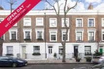 Flat for sale in Edis Street...