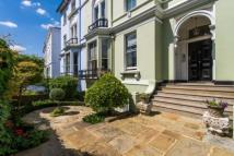 3 bed Flat for sale in Regents Park Road...
