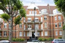 3 bed Flat in Lauderdale Road...
