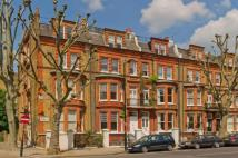 Flat for sale in Elgin Avenue...