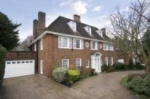 6 bed Detached house in Winnington Road...