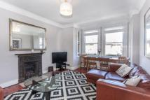 Flat for sale in Cricklewood Lane...