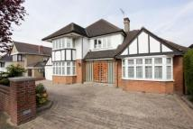 5 bed Detached property in Gresham Gardens...