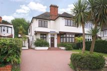 4 bed semi detached home for sale in Lyndhurst Gardens...