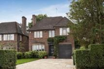 6 bedroom Detached house for sale in Chalton Drive...